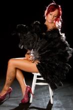 black-burlesque-fan
