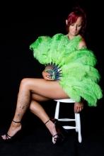 green-burlesque-fan